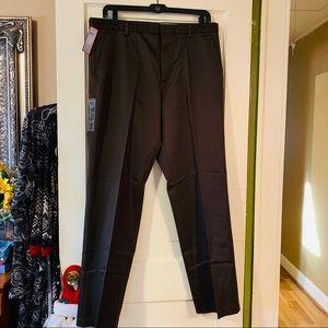 NWT Men's Iron Free Cotton Khakis, flat front